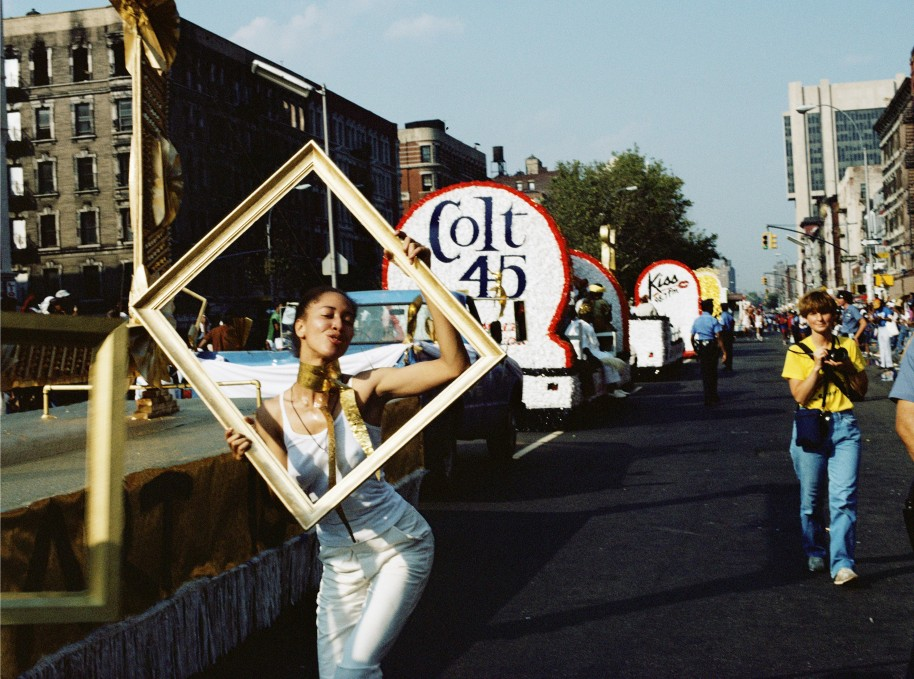 Art Is... (Line of Floats), 1983/2009 Chromogenic color print 16 × 20 in. Courtesy Alexander Gray Associates, New York