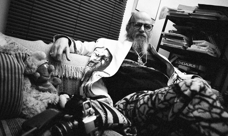 POUGHKEEPSIE - JANUARY 1997: American photographer, filmmaker and lighting designer Billy Name (born William Linich) poses for a portrait at home in January 1997 in Poughkeepsie, New York. (Photo by Catherine McGann/Getty Images)