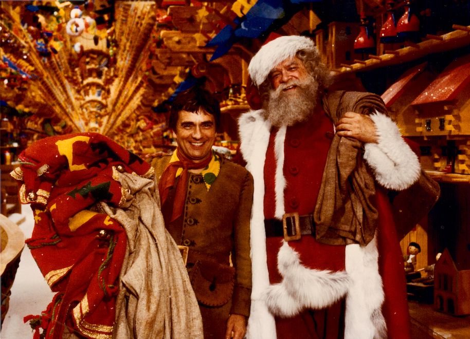 10 Movie Santas That Put All Others To Shame