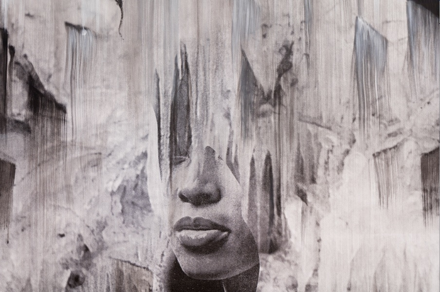 Detail from installation photograph of FOCUS: Lorna Simpson, courtesy of The Modern Art Museum of Fort Worth.