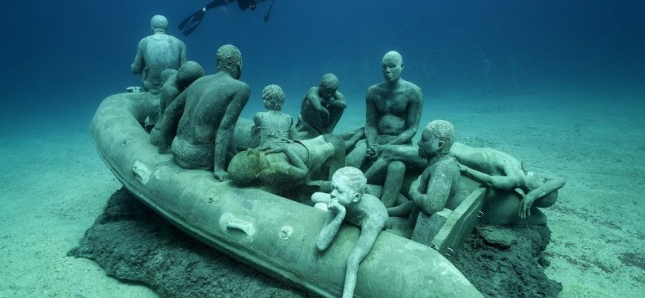 Jason_deCaires_Taylor_sculpture-00043-1080x500
