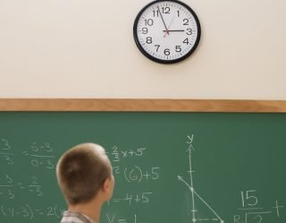 Schools Remove Analog Clocks Because It's Easier Than Teaching