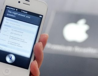 iPhone Users Have Found An Easy Way To Make Siri Curse
