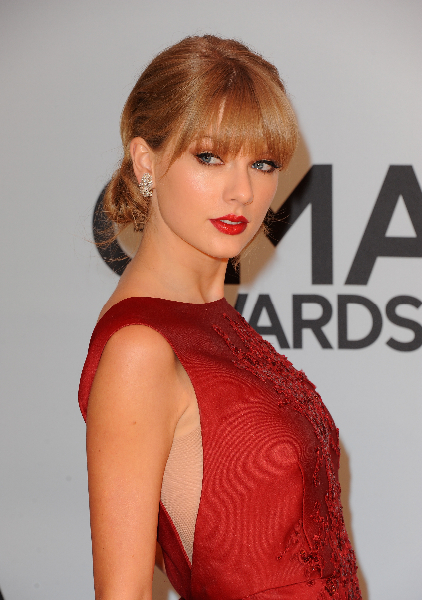Musician Taylor Swift attends the 47th annual CMA Awards at the Bridgestone Arena