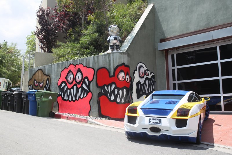 Chris Brown has been ordered to remove the graffiti that he has done all over his new Hollywood home Featuring: Chris Brown's Hollywood home Where: Los Angles, CA, United States When: 07 May 2013 Credit: Owen Beiny/WENN.com