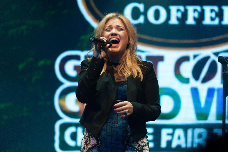 Kelly Clarkson performs during the People Like Us Fair Trade concert at Highline Ballroom