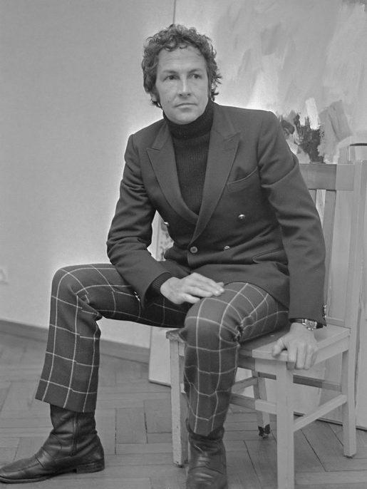 Robert Rauschenberg, 1968. Jac. de Nijs / Anefo, courtesy of Wikimedia Commons.