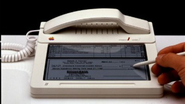 Harmut-Esslinger-First-Ever-iPhone