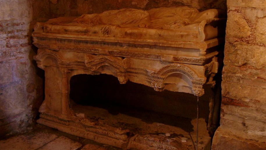 Photo: Wikipedia/What was believed to be the desecrated sarcophagus of St. Nicholas