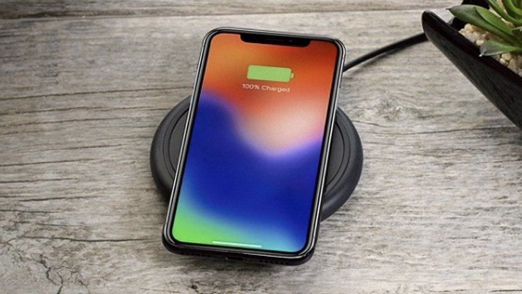 newest dac47 4b51d iPhone X Accessories Round-Up: Must-Have Cases, Chargers & More