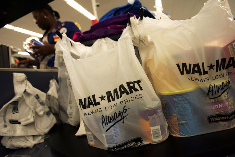 Woman Rings Up $1,800 Of Stuff For Just $3 70 At Walmart