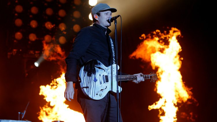 Former Blink 182 Member Tom Delonge Wants To Prove Ufos Are Real