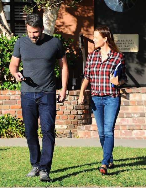 Ben Affleck and Jennifer Garner arrive at a building in Santa Monica. The couple, who announced the end of their decade-long marriage on June 30, emerged later from the building and left happily together in Ben's American muscle car. Featuring: Jennifer Garner, Ben Affleck Where: Brentwood, California, United States When: 03 Sep 2015 Credit: WENN.com