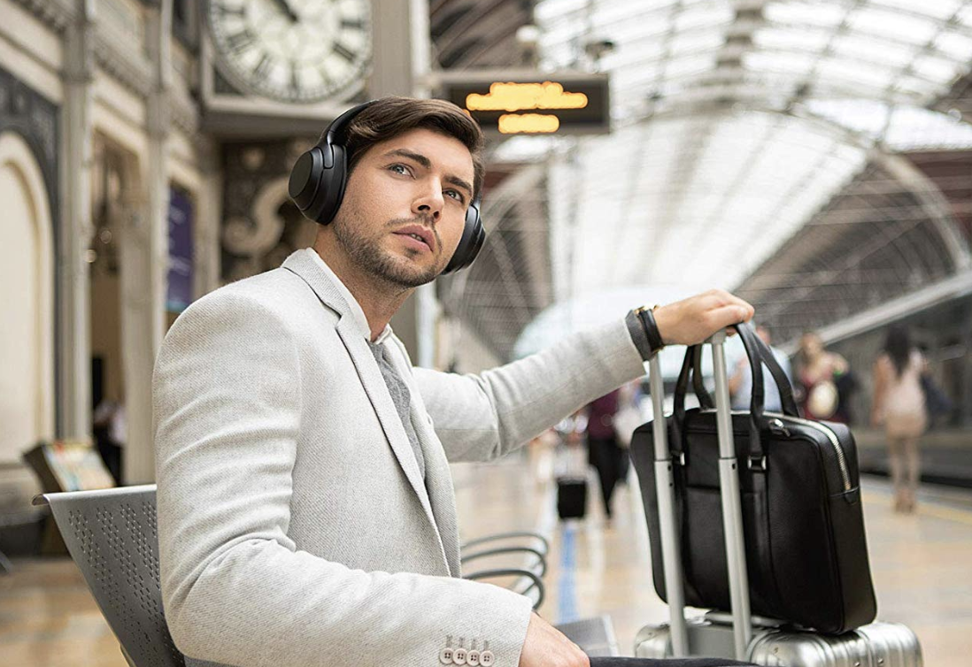 7. Sony WH1000XM3 Noise-Canceling Bluetooth Headphones