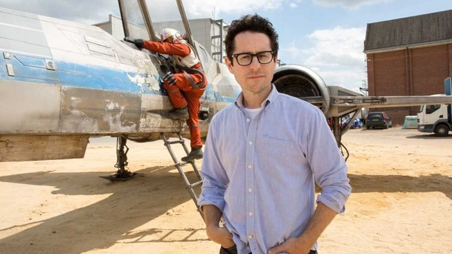 J.J. Abrams Reveals New Star Wars: Episode VII X-Wing